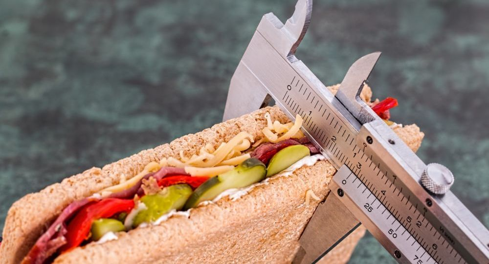 calibro per misurare le calorie di un panino